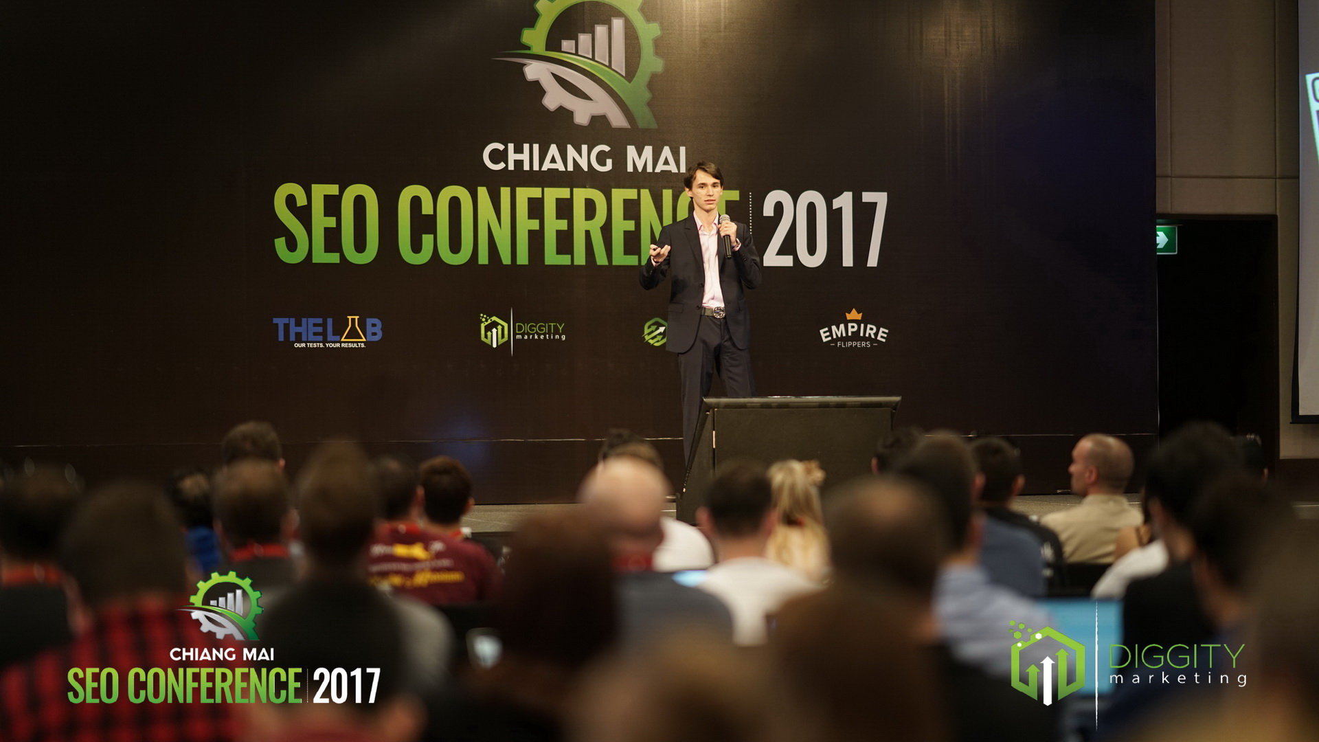 day- two-SEO-conference125
