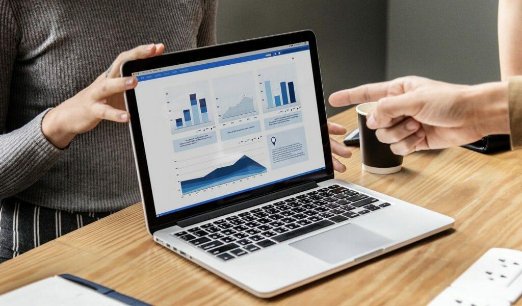 laptop website seo audit discussion